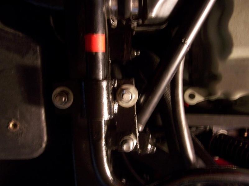 Montage de la barre stabilisatrice arrière F16 100_5410