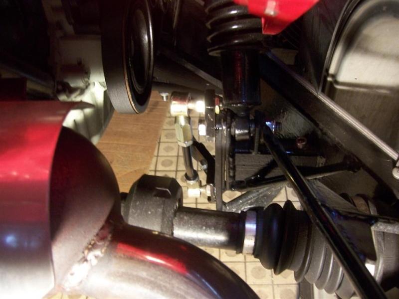 Montage de la barre stabilisatrice arrière F16 100_5413