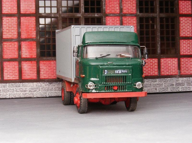 IFA L60 4x4 ETK (Ersatzteilkoffer) L60etk10