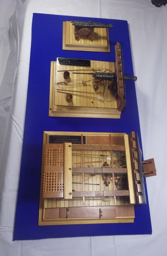 Le canon de bronze de 24 livres du Fleuron 1729, 1/24 (exposition de trois modèles) Imgp1540