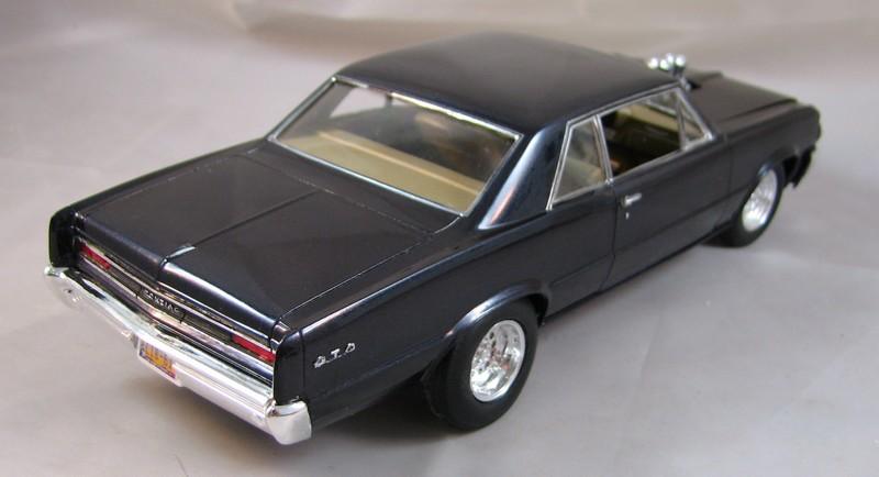 GTO street machine revell  00721