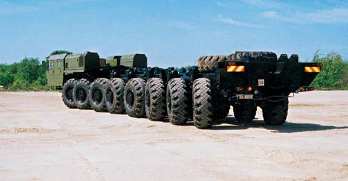 Camion russe Ural Mzkt7910