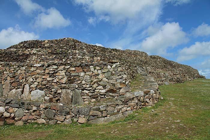 Cairn de Barnenez [Plouezoc'h- 29] Cairn310