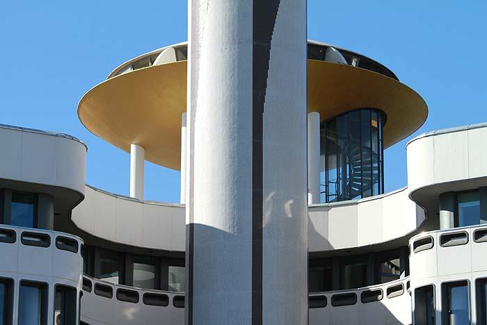De la tour France-télécom au centre d'affaires la Mabilais La_mab17