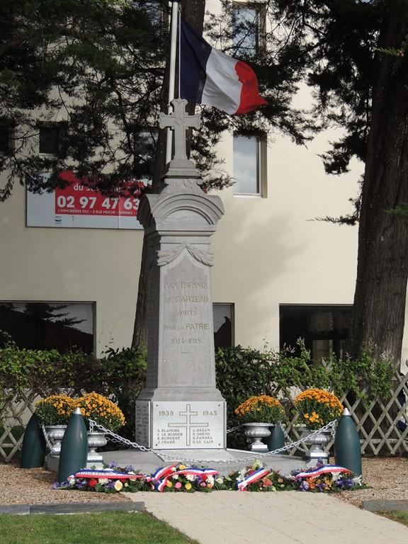 Sarzeau Morbihan - DRAKKAR - Hommage aux 58 parachutistes mort pour la France Dscn2110