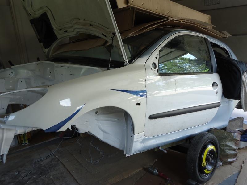 Préparation 206 Autocross ( MiKL V Design ) Dsc00313