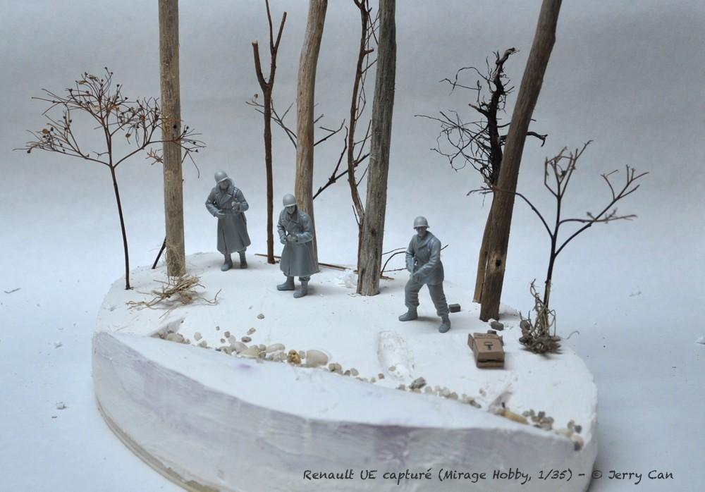 Renault UE capturé (Mirage Hobby, 1/35). neige, armes et début des figurines Srb_1230