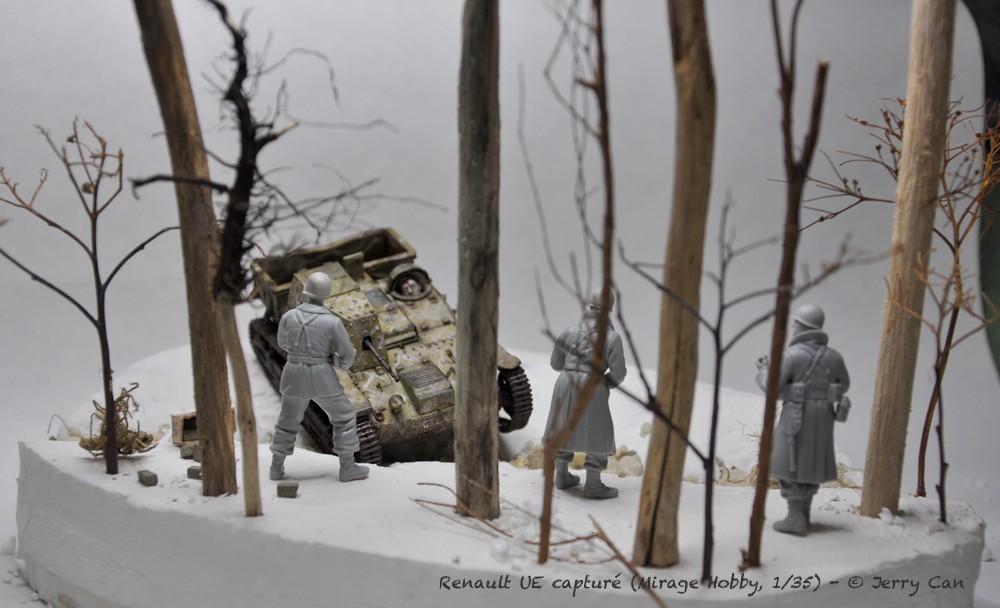 Renault UE capturé (Mirage Hobby, 1/35). neige, armes et début des figurines Srb_1231