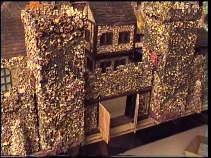 Burg--aus einfachsten Materialien-- Burg_k11