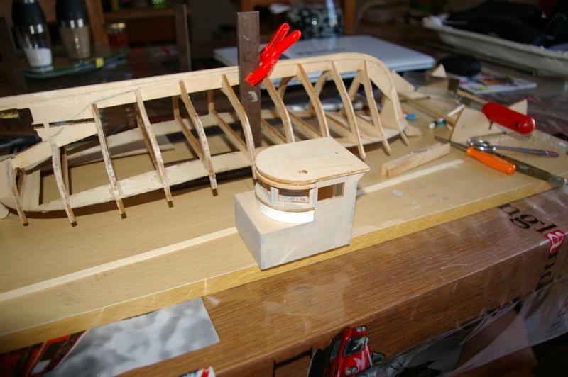 Le MONTEREY 522  Billing boat au 1/20 Imgp3218
