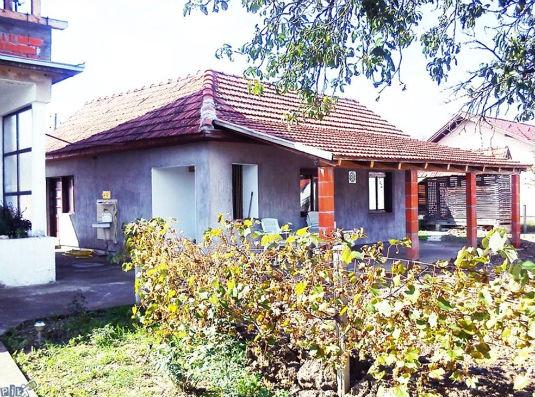 Prodaje se kuća u Donjem Boću 211