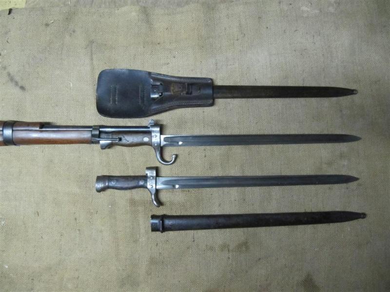 Quelques baïonnettes montées sur leurs armes Img_7315