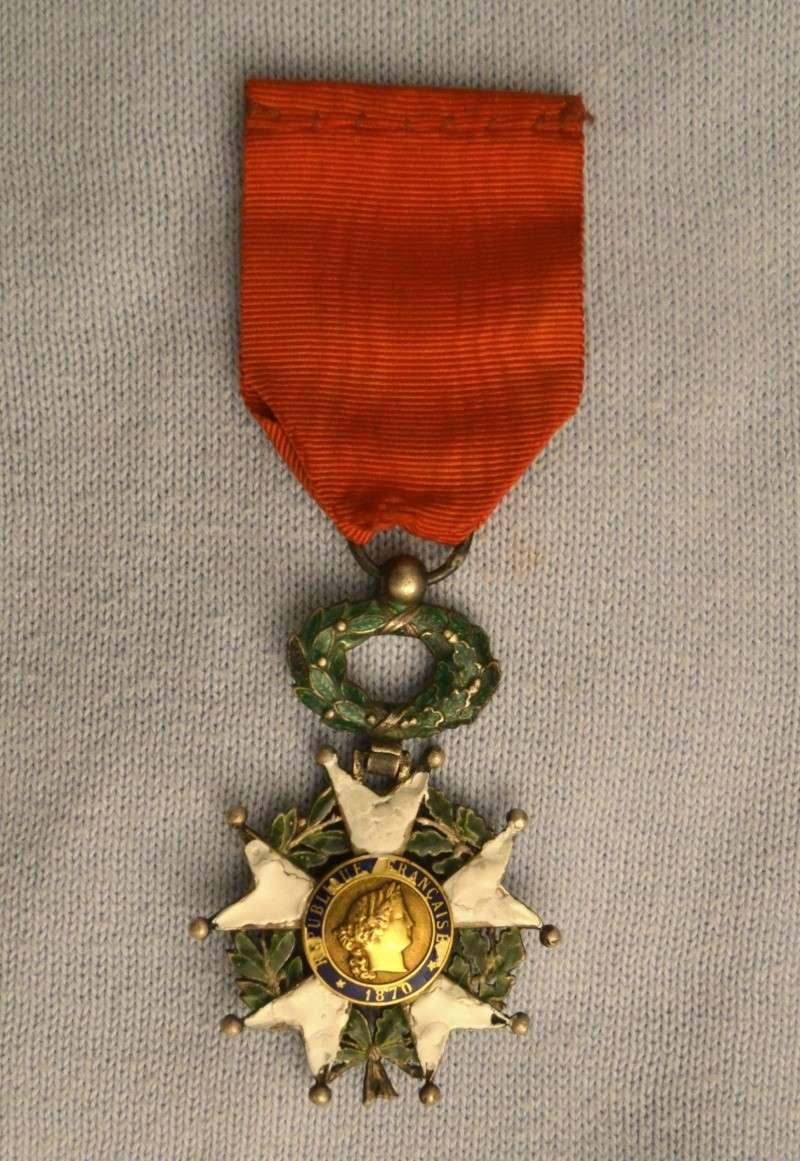 Une croix de la Légion d'Honneur de 1870 Leigio11