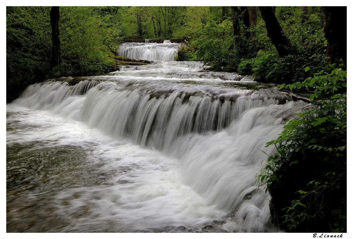 Les cascades..toujours les cascades... (+1) Cascad11