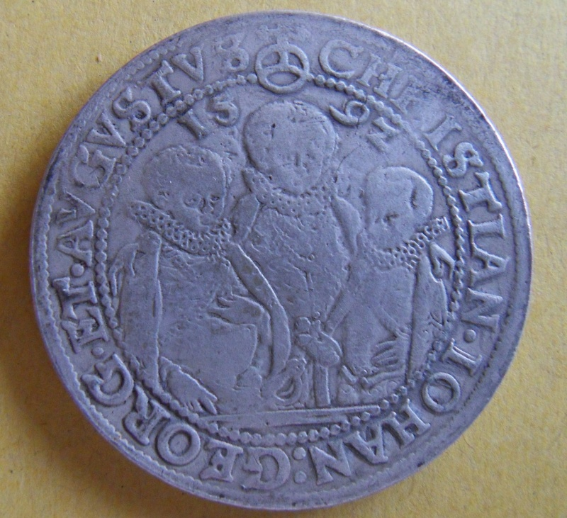 Thaler des Etats Allemands, pour la SAXE, 1592 Sdc10021