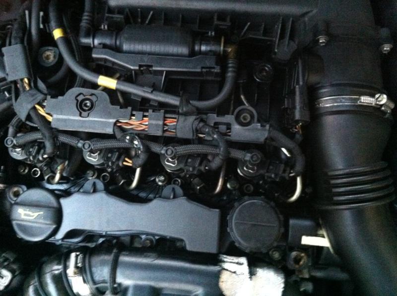 HDI 110 : fuite + moteur bridé !!! Img_1712