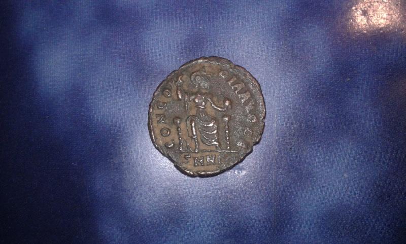 Aide pour monnaie de la fin d'empire romain + une byzantine  2_bis10
