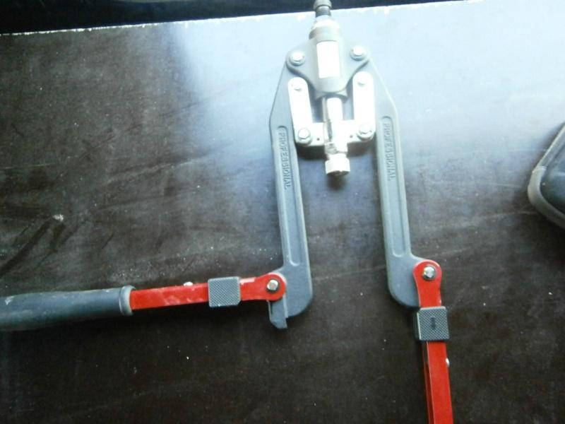 Pince à rivets et écrous Pa260412