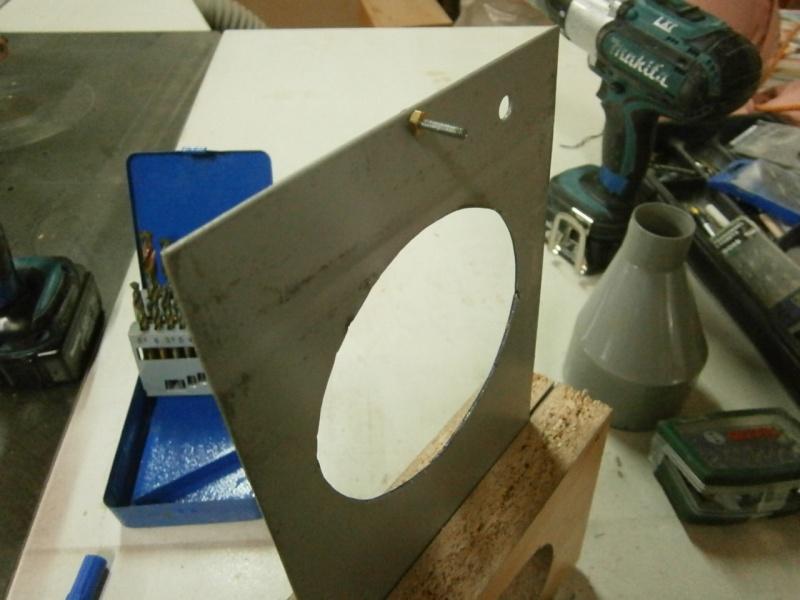 Pas à pas sur réalisation d'une guillotine pour aspiration machine à bois Pa260516
