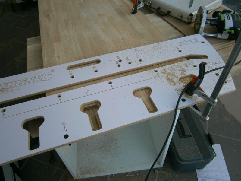 Montage d'une cuisine avec façades en chêne Pa300510