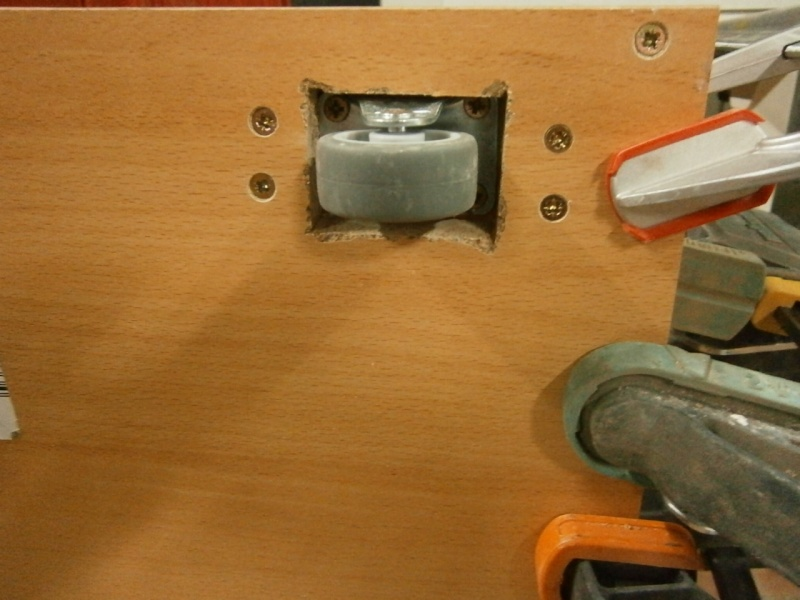Un tiroir à chaussures bien discret Pb150516
