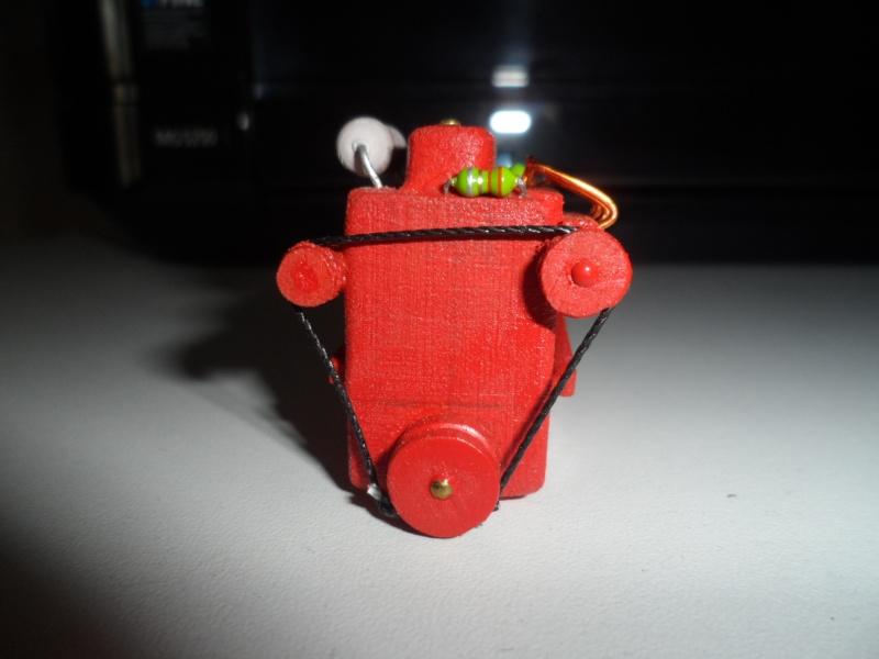 moteur factice en resine ou autre materiau Sam_6210