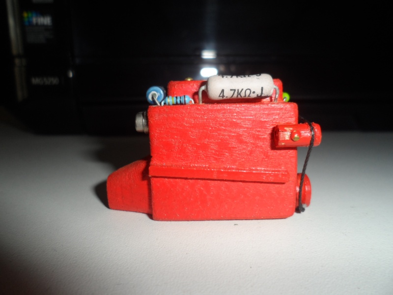 moteur factice en resine ou autre materiau Sam_6213