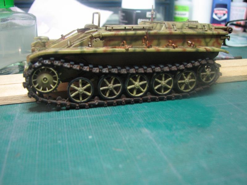 """BORGWARD Ausf A, [Revell, 1/35]  maj au 21.03.14 figurine et accessoires  ....""""  - Page 4 Chenil11"""