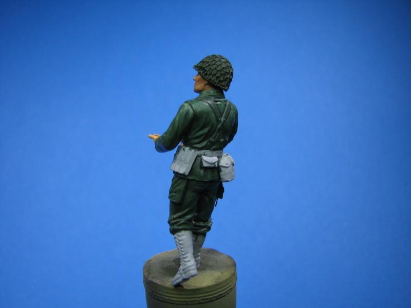borgward revell + photdec eduard au 35  maj au 21.03.14 , figurine et accessoires - Page 3 Fig310