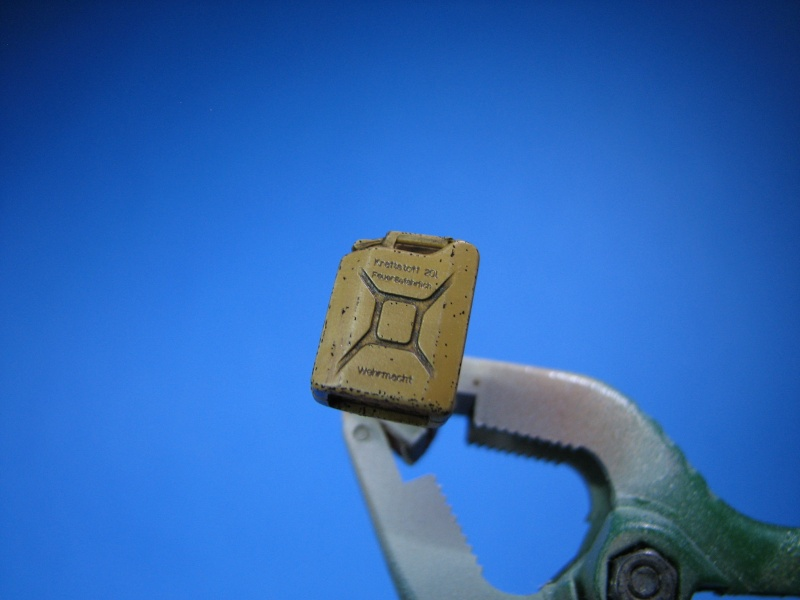 borgward revell + photdec eduard au 35  maj au 21.03.14 , figurine et accessoires - Page 3 Jerryc13