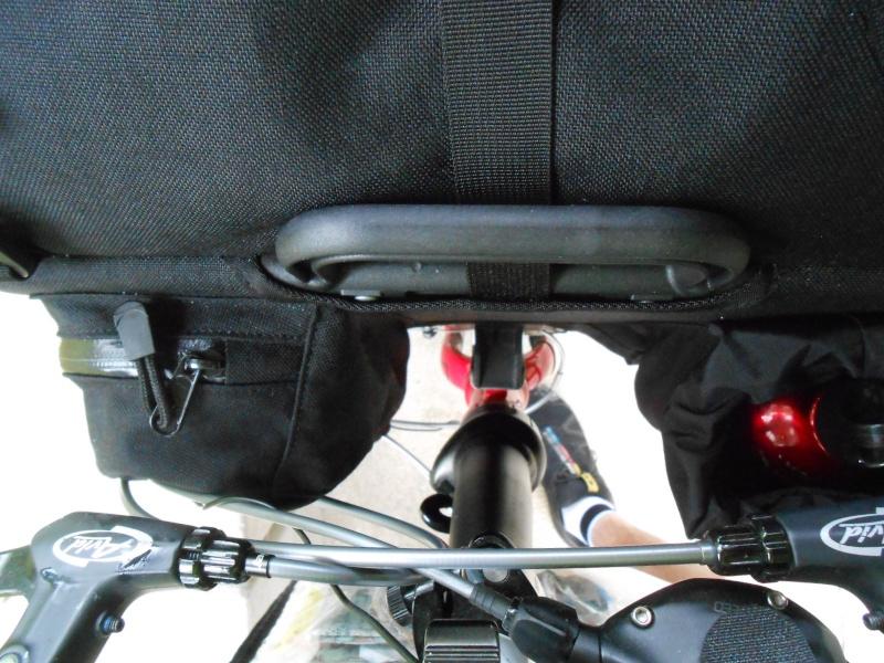 Theravada : sac à dos frontal pour Brompton, Dahon, Tern et bloc de fixation pour Dahon et Tern 16310