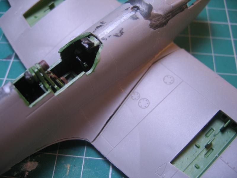 Supermarine Spitfire IX 1:48e [ICM] - Page 2 Img_0179