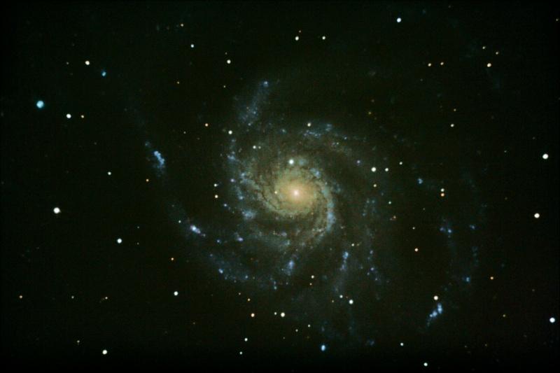Traitement d'image de l'Observatoire du Celado - Page 2 M101fi10