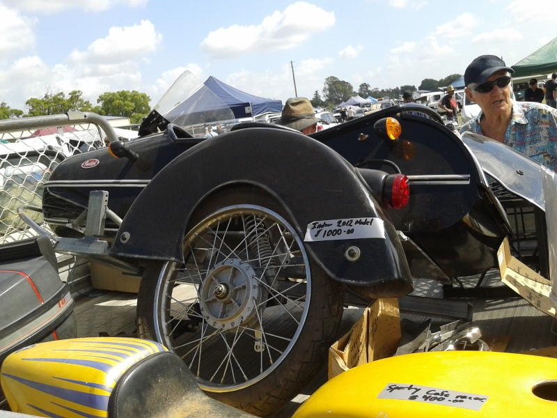 Gatton Swap meet now at Laidley 2013-122