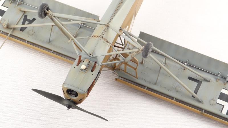 Fieseler Fi 156 Storch [ TAMIYA 1/48° ]  (Terminé). Dsc04515