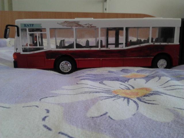 Machetă autobuz articulat reparată 2012-016