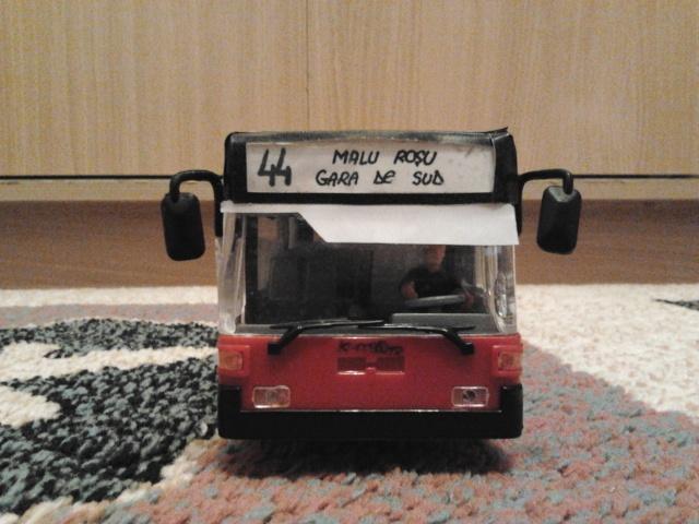Machetă autobuz articulat reparată 2013-212