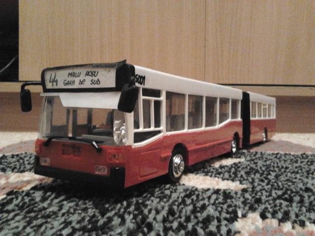Machetă autobuz articulat reparată 2013-213