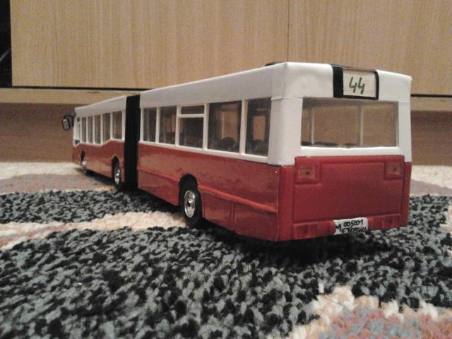 Machetă autobuz articulat reparată 2013-216