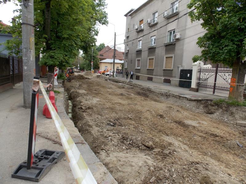 Traseul 101, etapa II: Intersecție Candiano Popescu ( zona BCR ) - Gara de Sud Dscn0572