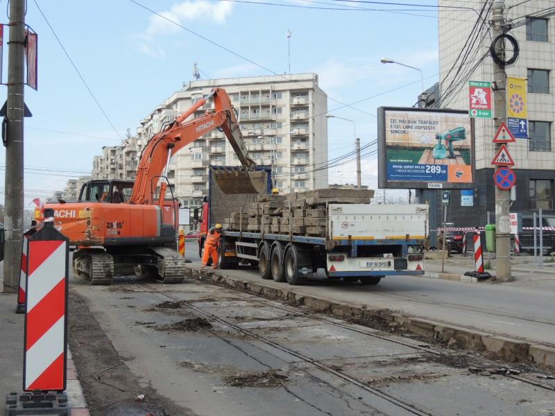 Traseul 101, etapa II: Intersecție Candiano Popescu ( zona BCR ) - Gara de Sud Lucrar13