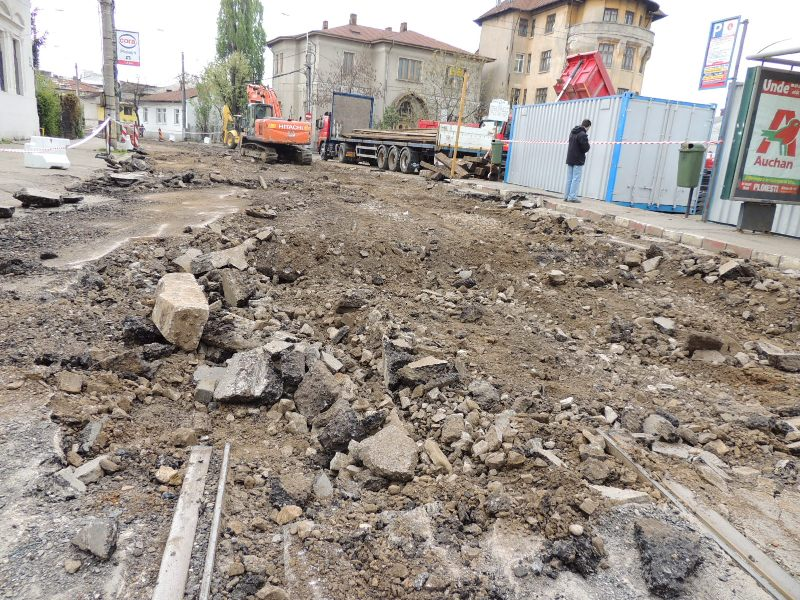 Traseul 101, etapa II: Intersecție Candiano Popescu ( zona BCR ) - Gara de Sud Lucrar19