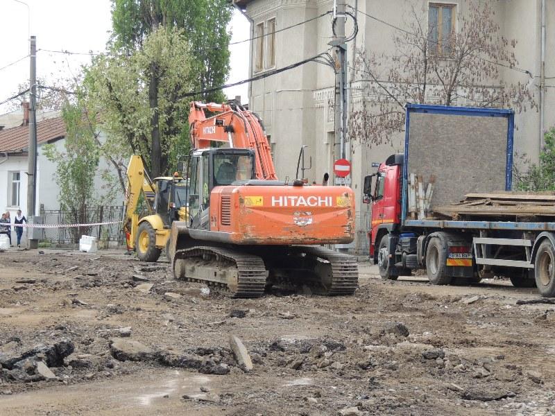 Traseul 101, etapa II: Intersecție Candiano Popescu ( zona BCR ) - Gara de Sud Lucrar20