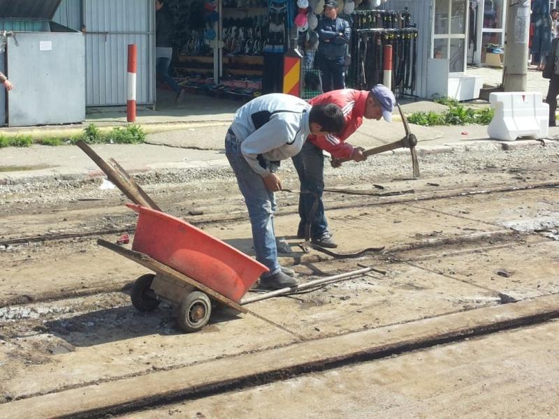 Reabilitarea caii de rulare a tramvaielor: stiri / noutati / discutii - Pagina 4 Sine110