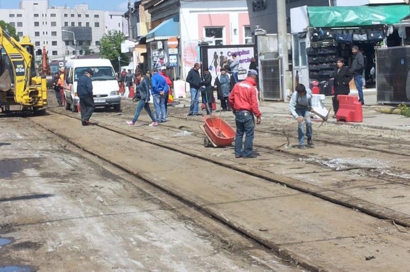 Reabilitarea caii de rulare a tramvaielor: stiri / noutati / discutii - Pagina 4 Sine210