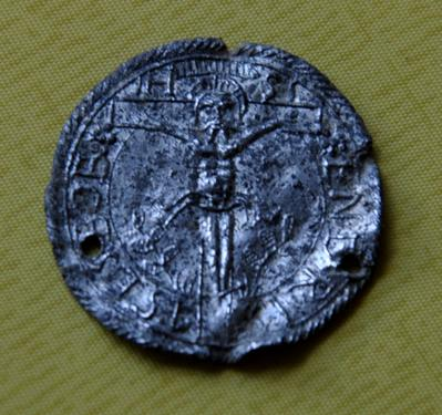 Médaille avec Christ et phrases au revers - Allemande - XVIIème Dsc_0024