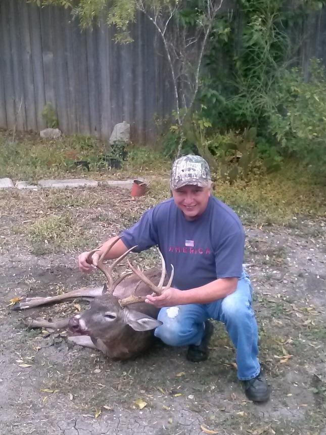 Buck down Cam00911