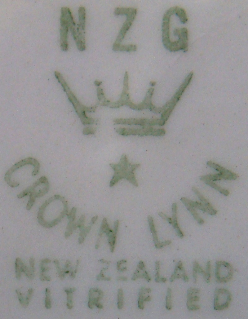 plate - CL Plate Royal New Zealand Air Force Dsc00320