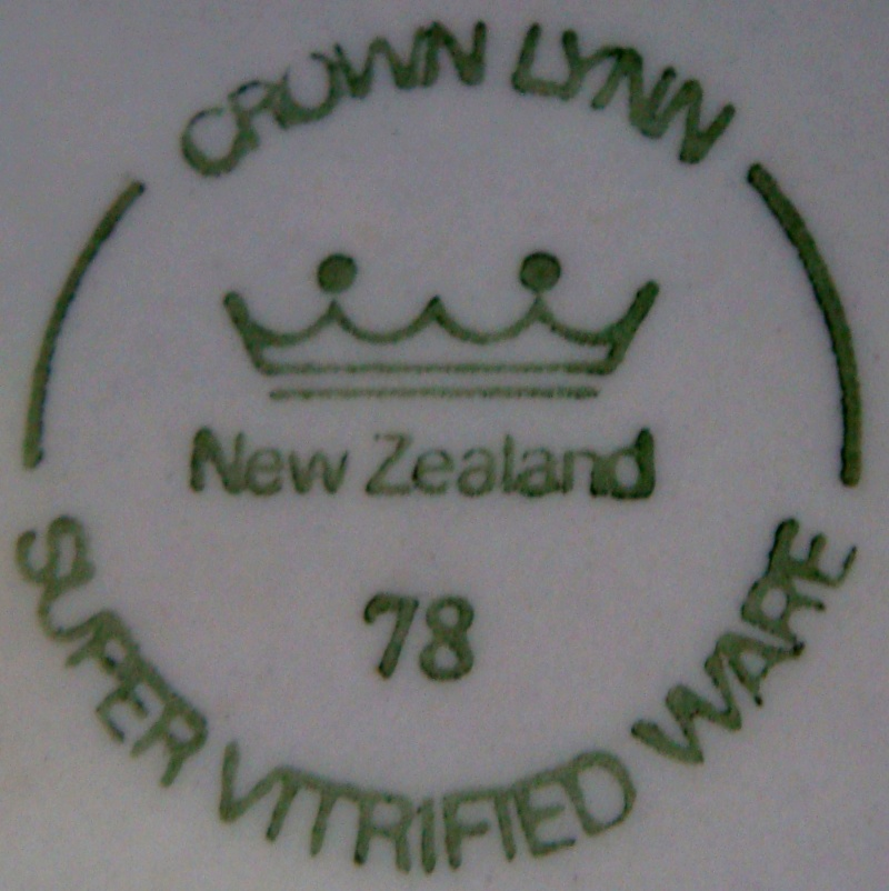 plate - CL Plate Royal New Zealand Air Force Dsc00322