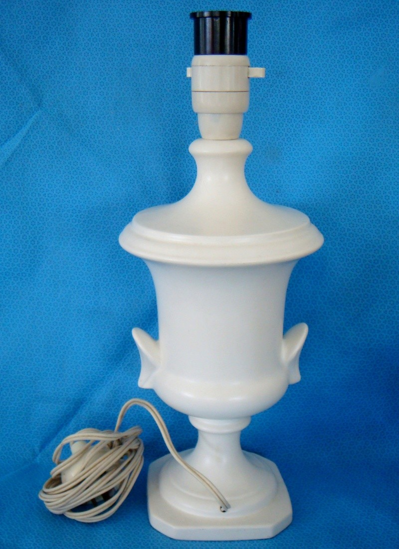 3 Fab new Crown Lynn pieces - Spincraft, NZ Rowing & Lamp Dsc01219